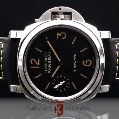Panerai Luminor Base 44 mm 8 Tage Handaufzug Neu 10/2020 Full Set PAM00915