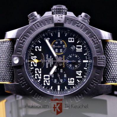 Breitling Avenger Hurricane 24H Breitlight® XB1210E4|BE89